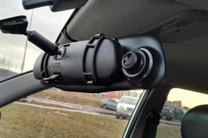 Mirror mounted dash cam